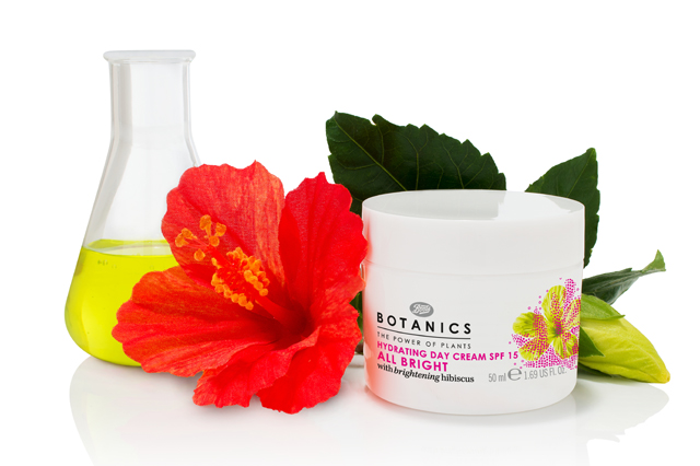 BOTANICS_ALL BRIGHT_CREMA DE ZI_STILIZATA